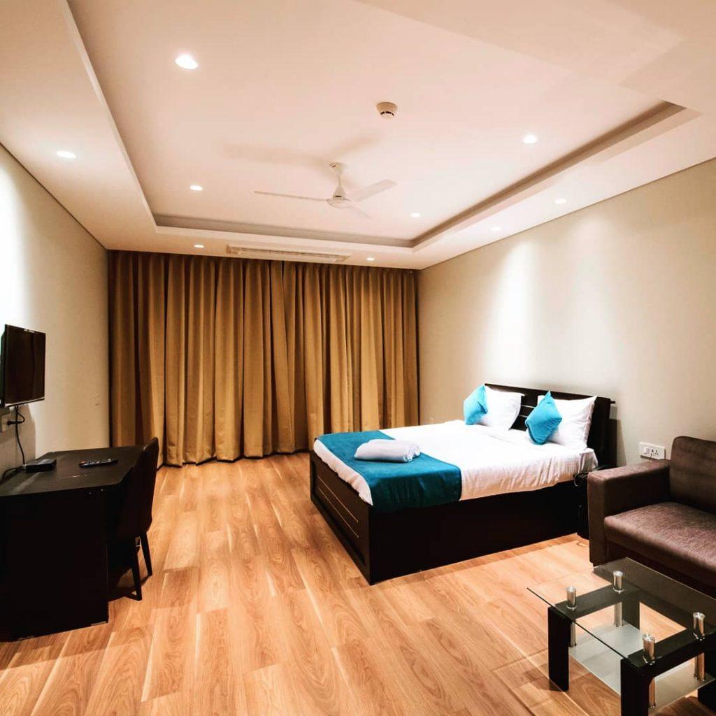 suite room cypressgreen